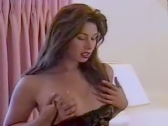 Heavy petting and pleasant insertions for a pretty tranny girl