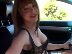 Burning tranny pleases herself