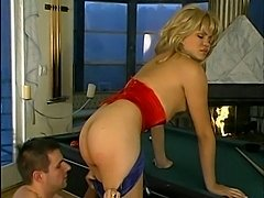 Heeled tranny screwing on a pool table