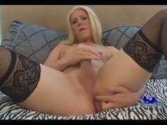 Blonde Britney Rachels mastrubating
