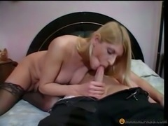 Shemale Masseuse Pleased A Man