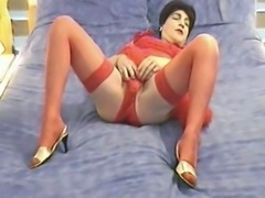 Sexy mature CD in red lingerie