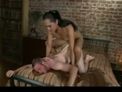 Jessica Fox shemale in domination and fisting