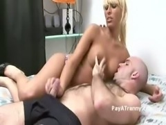 Blonde titty Twhore giving a head