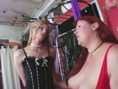 Skinny tranny with chubby girl