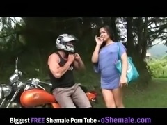 Shemale getting filled outdoor
