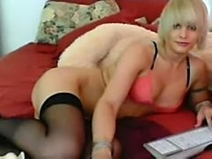 Sex toys for nice Tgirl webcam solo