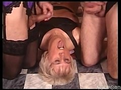 Threesome act with a TS in lingerie