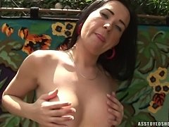 Sweet Nicolly Lima outdoor toying
