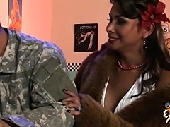 Vaniity and John hot scene