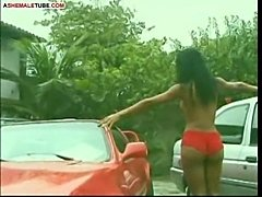 Brazilian shemale over car hood