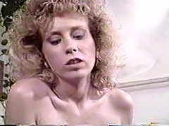 Vintage bareback sex with blond Tgirl