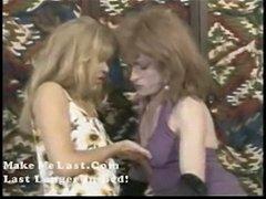 Amateur crossdresser licking pussy